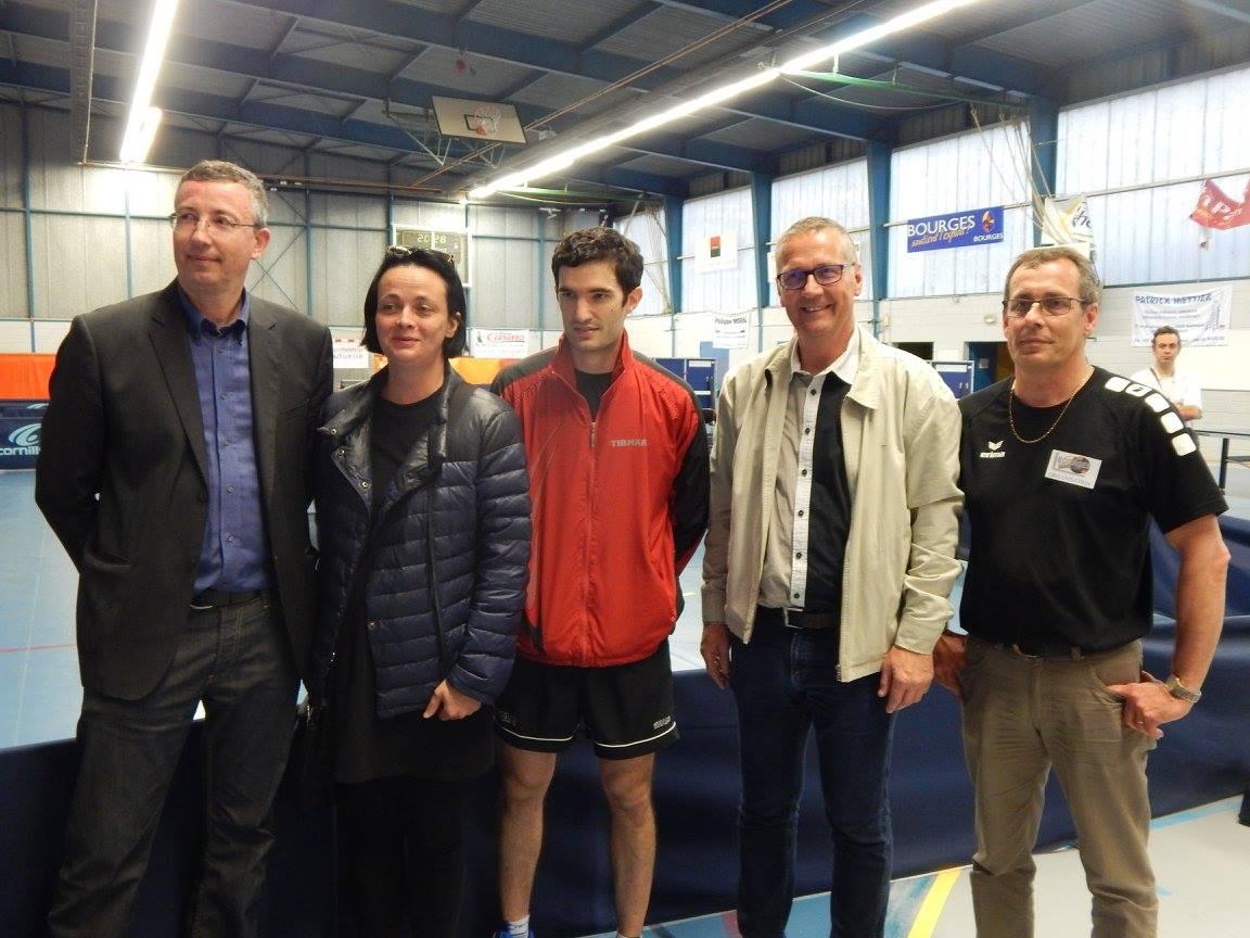 LEBESSON Emmanuel avec le Maire de Bourges et les Maire adjoints